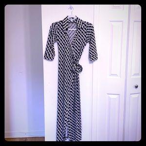 Diane Von Furstenberg Chain Print Wrap Dress